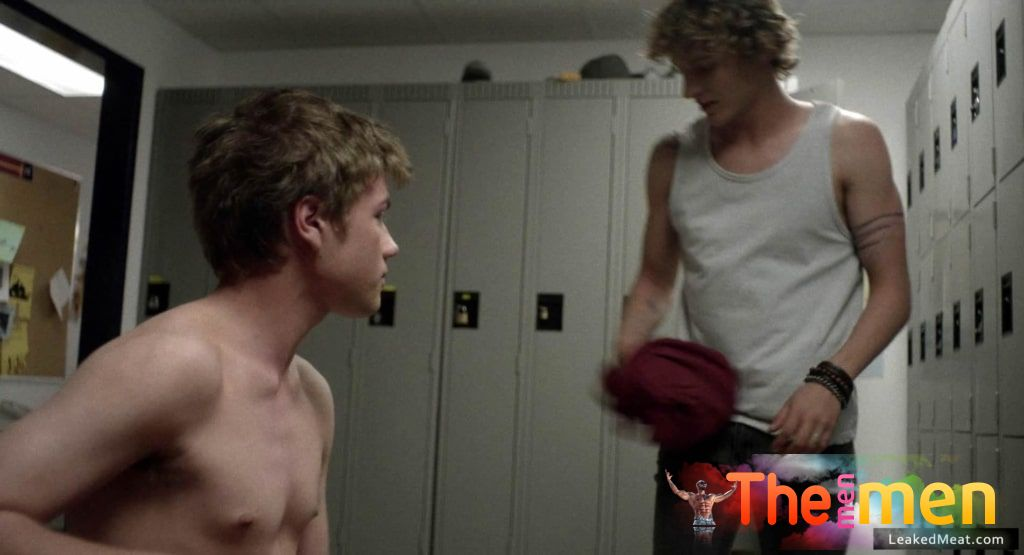 Connor Jessup Naked Pics & Steamy Gay Videos • The Men Men