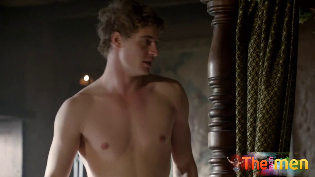 Nudes of Max Irons