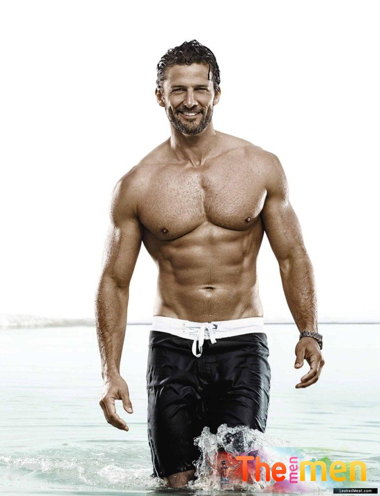 """Tim Robards Nude: """"The Bachelor's"""" Dolce & Gabbana Cock Pics! • The Men Men"""