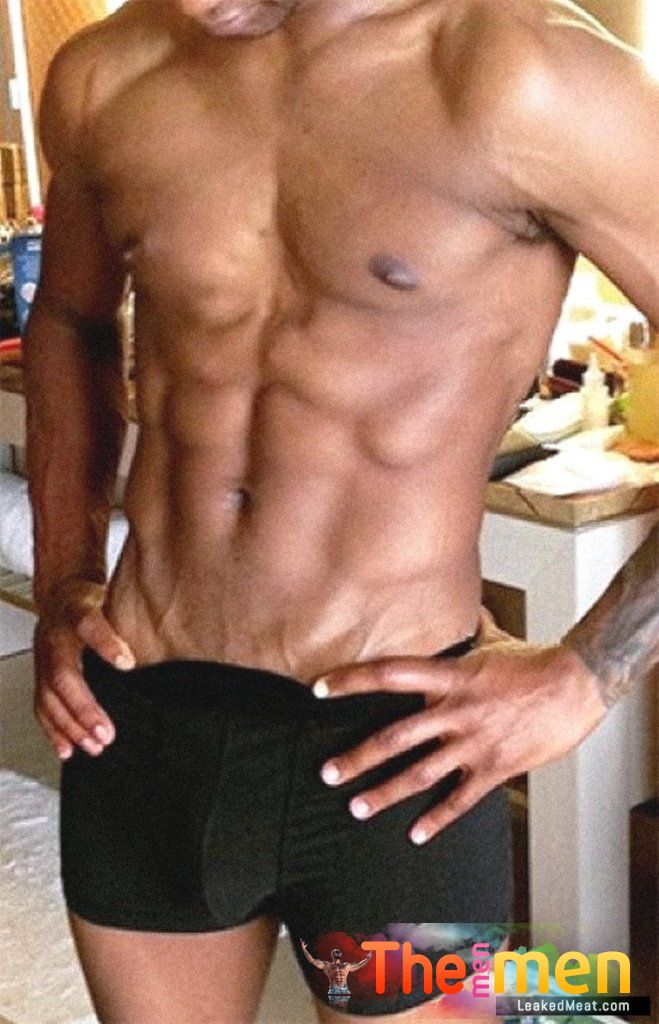 Usher Nude Pics & His Cock Exposed + Leaked Sex Tape! • The Men Men