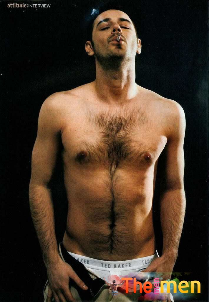 Danny Dyer Shirtless (1 Photo)
