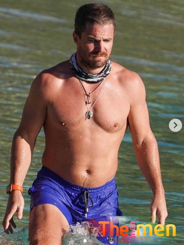 Stephen Amell Sexy (1 Photo)